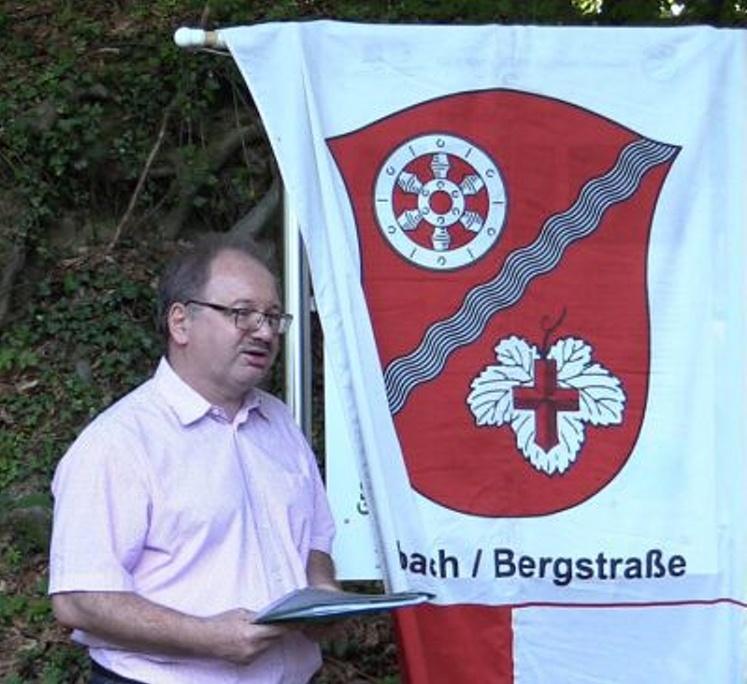 Manfred Bräuer, Initiator und Organisator der Aktion Natur- und Heimat-Informationstafeln in Heppenheim-Erbach.